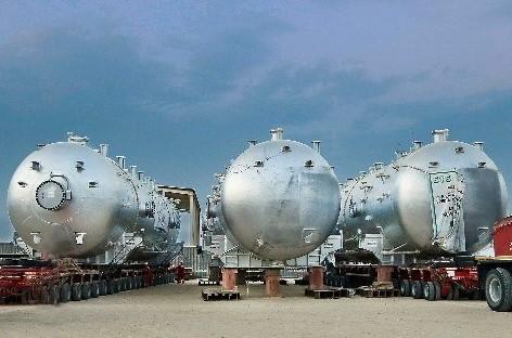 Khimji Ramdas Completes Haulage & Loading of Pressure Separators in Oman